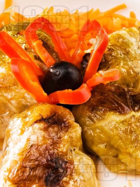 Постни зелеви сарми с ориз и гъби - снимка на рецептата